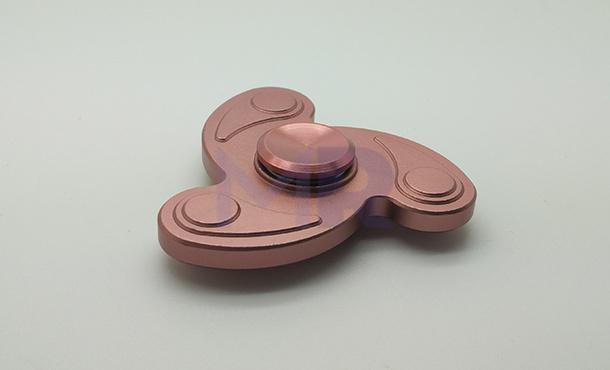 piekny metalowy spinner w hurcie