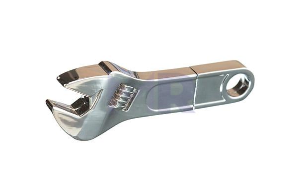 Pendrive w kształcie klucza francuskiego