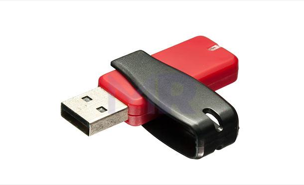 czerwono-czarna pamięć USB